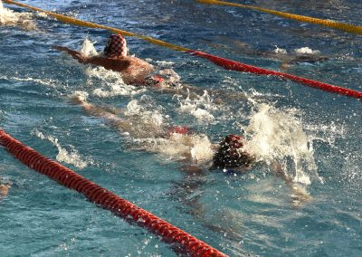 25 Das 24-Stunden Schwimmen in der ersten Stunde